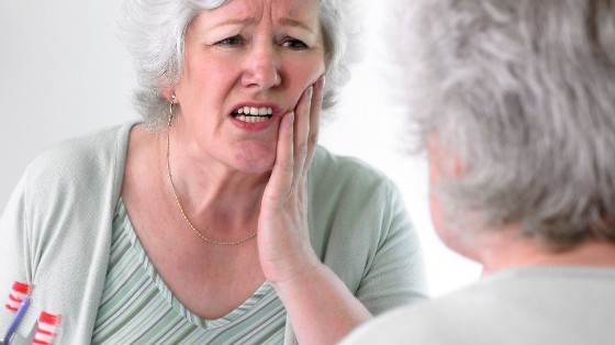 How to Prevent Complications after Dental Implants