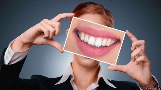 Straighter for a healthy smile
